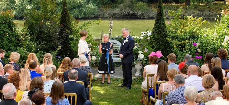 Humanist-Wedding-Celebrant-Surrey