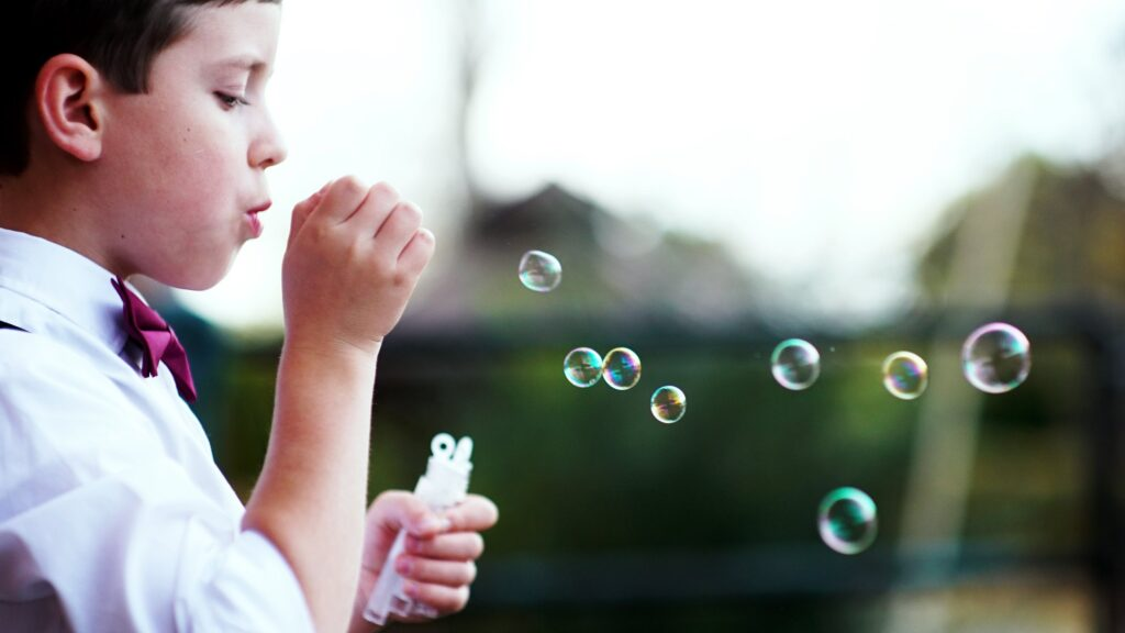 Blowing-bubbles-celebration-of-life